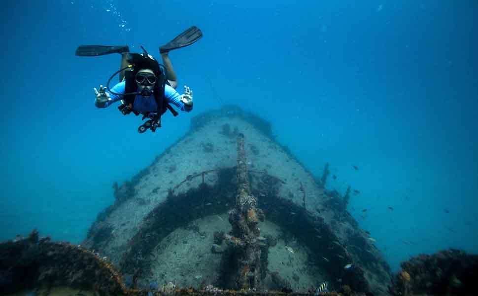 Diving in Puerto Morelos